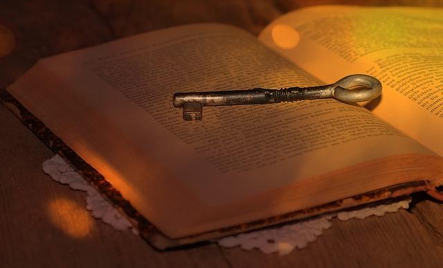 book-614016_640